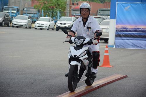 Ngày hội 4S - tìm hiểu luật giao thông và trải nghiệm kỹ năng lái xe an toàn - 8
