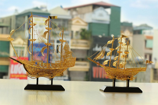 Những linh vật phong thủy 'mạ vàng' hút khách tháng cô hồn - 4