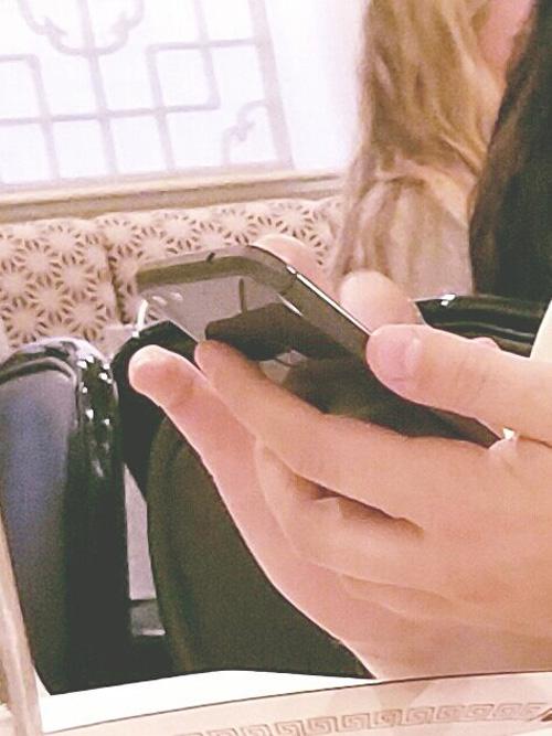 HTC Nexus Sailfish bất ngờ trên tay người dùng - 2