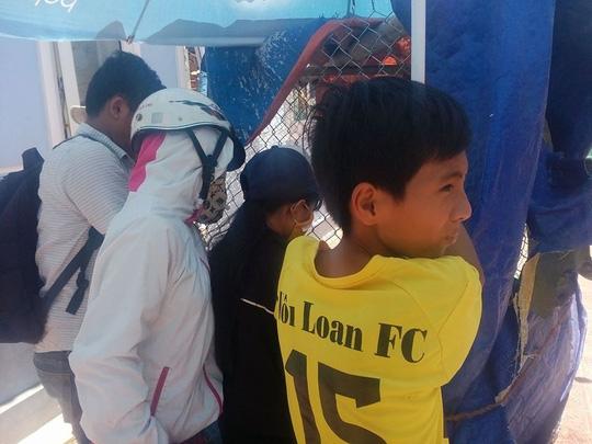 Quảng Nam: Người dân bất ngờ bắt được hải cẩu - 3
