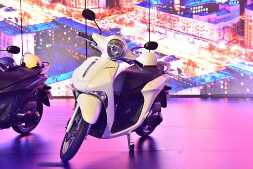 Lộ diện xe tay ga nhẹ nhất dành cho nữ - Yamaha Janus - 3