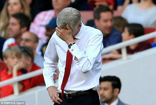 Bão chấn thương, bế tắc chuyển nhượng: Wenger khốn khổ - 2