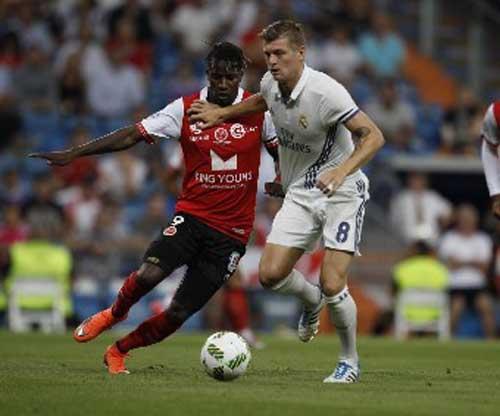 """Real - Reims: """"Tiệc"""" bàn thắng chào mùa giải mới - 1"""
