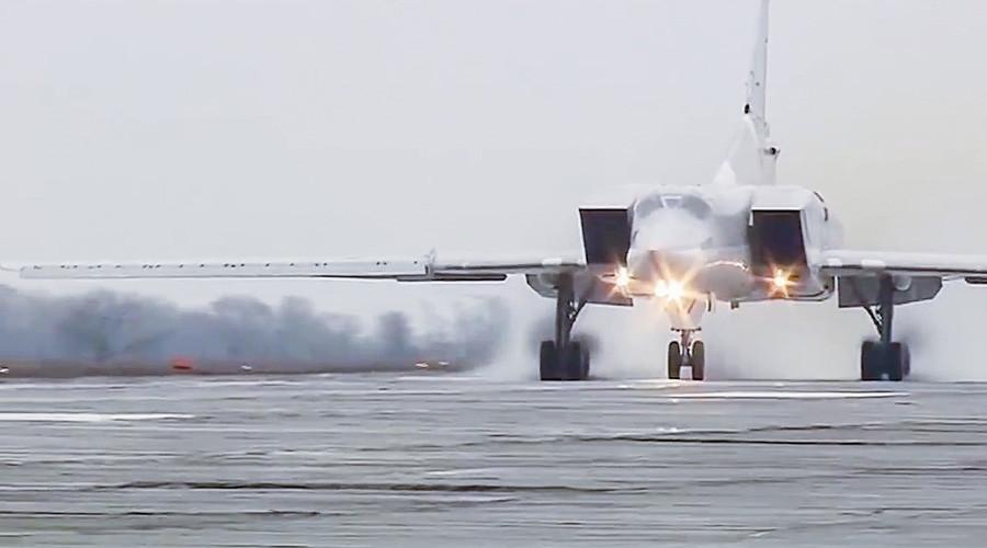 Nga dùng Iran làm căn cứ để ném bom IS ở Syria - 1