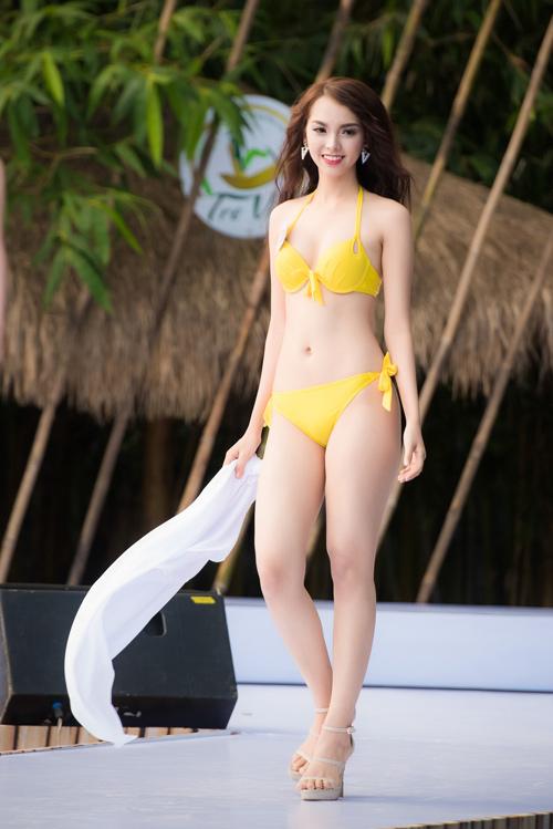 Top 33 Hoa hậu Việt Nam mơn mởn với bikini - 9