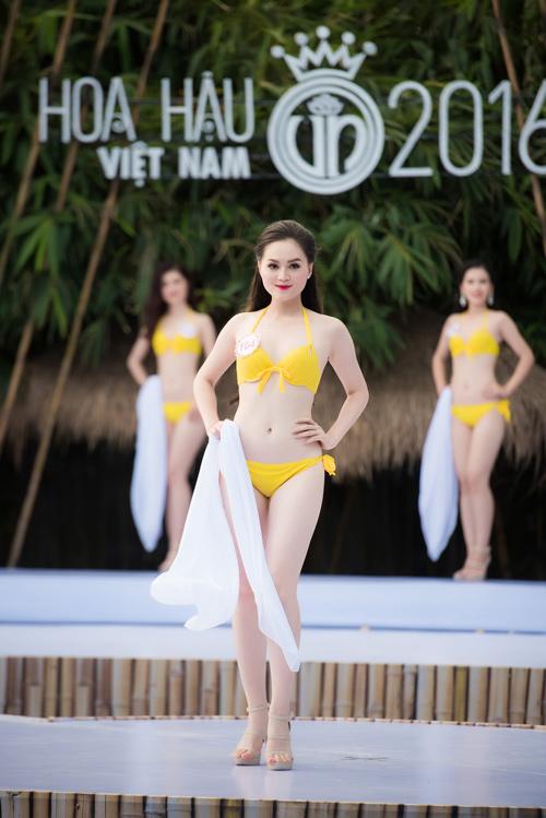 Top 33 Hoa hậu Việt Nam mơn mởn với bikini - 8