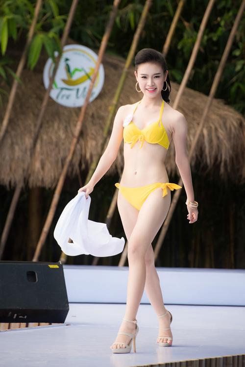 Top 33 Hoa hậu Việt Nam mơn mởn với bikini - 11
