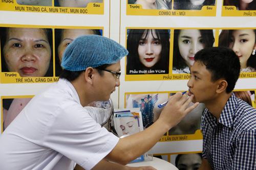 Thẩm mỹ Hoàng Tuấn cùng nghệ sỹ chung tay vì nạn nhân da cam - 5