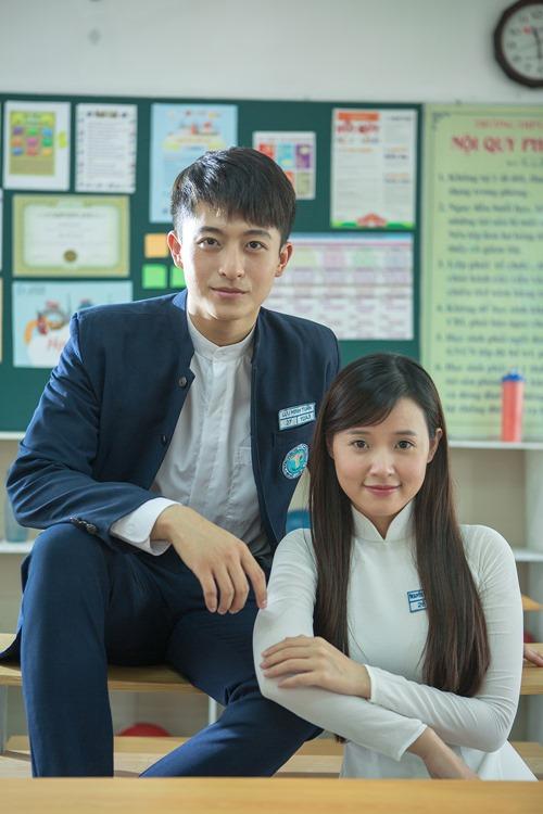Xao xuyến trước cặp đôi học sinh Midu, Harry Lu - 3