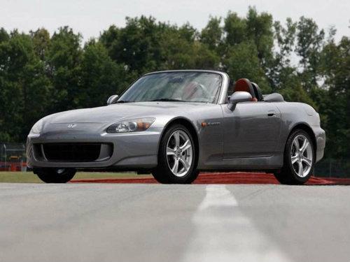 Top 10 xe cũ giá dưới 335 triệu đồng đáng mua nhất - 10