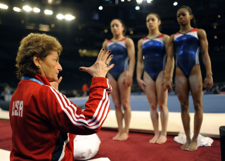 9 bí mật trang phục của vận động viên thể dục dụng cụ Mỹ - 4