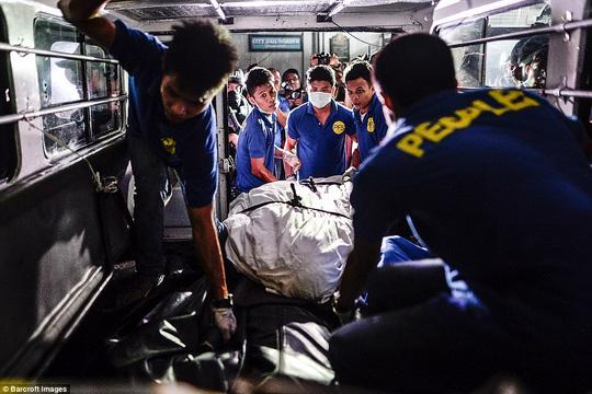 """Tổng thống Philippines: """"Tôi có thể tàn bạo gấp 10 IS"""" - 5"""