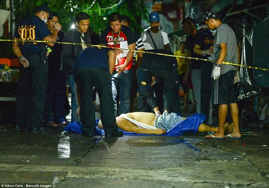 """Tổng thống Philippines: """"Tôi có thể tàn bạo gấp 10 IS"""" - 3"""