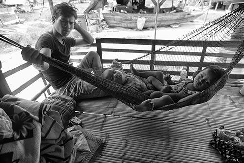 Tâm sự rớt nước mắt của ngàn Việt kiều không quốc tịch - 10