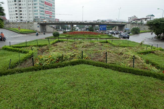 """Những con đường có phí """"cắt cỏ"""" hàng chục tỷ đồng ở Thủ đô - 4"""