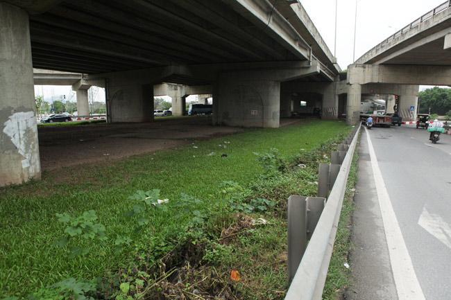 """Những con đường có phí """"cắt cỏ"""" hàng chục tỷ đồng ở Thủ đô - 11"""