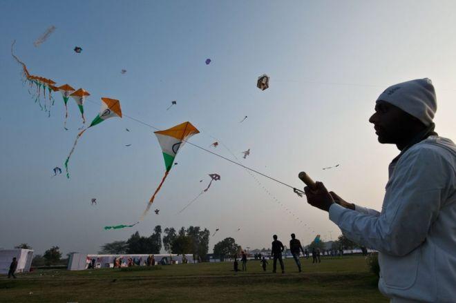 Ấn Độ: 3 người chết vì dây diều cắt cổ - 1
