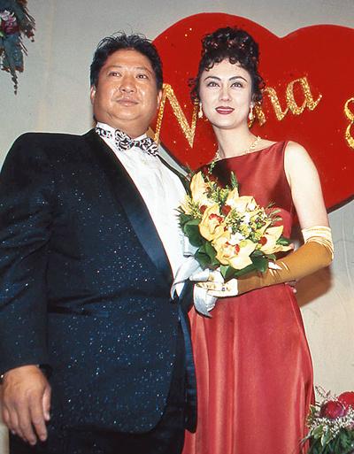 """Cô vợ lai xuất sắc của siêu sao võ thuật """"ục ịch"""" nhất - 9"""