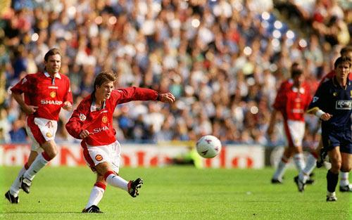 Beckham & 20 năm siêu phẩm giữa sân để đời cho MU - 1