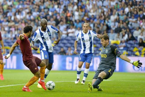 Porto - Roma: Bàn thắng sân khách quý giá - 1