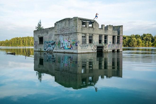 Bí ẩn nhà tù chìm trong biển nước - 2