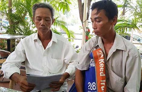 Hai nông dân bị truy tố tội... nhận hối lộ! - 1
