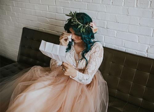 Cô dâu bị liệt 8 năm bỗng đứng dậy trong lễ cưới - 1