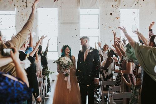 Cô dâu bị liệt 8 năm bỗng đứng dậy trong lễ cưới - 6