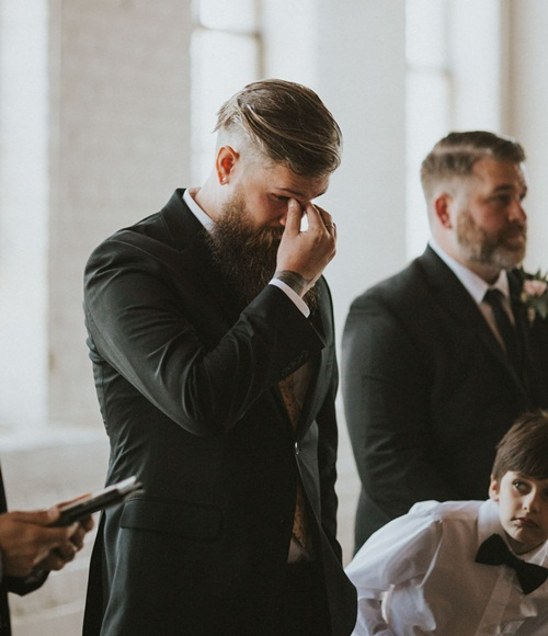 Cô dâu bị liệt 8 năm bỗng đứng dậy trong lễ cưới - 7
