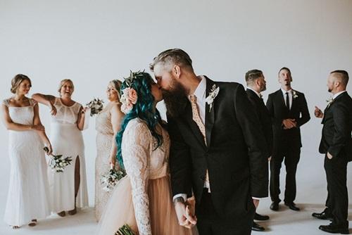 Cô dâu bị liệt 8 năm bỗng đứng dậy trong lễ cưới - 10