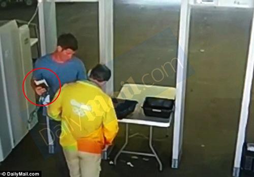 Báo án sai, đồng đội của M.Phelps đối mặt 3 năm tù - 1