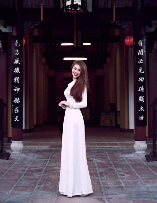 Blogger Việt không chỉ xinh như hoa hậu còn mặc đẹp - 5