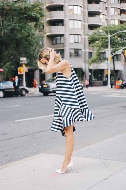 Nếu đã thích một chiếc váy kẻ, đừng chần chừ! - 5