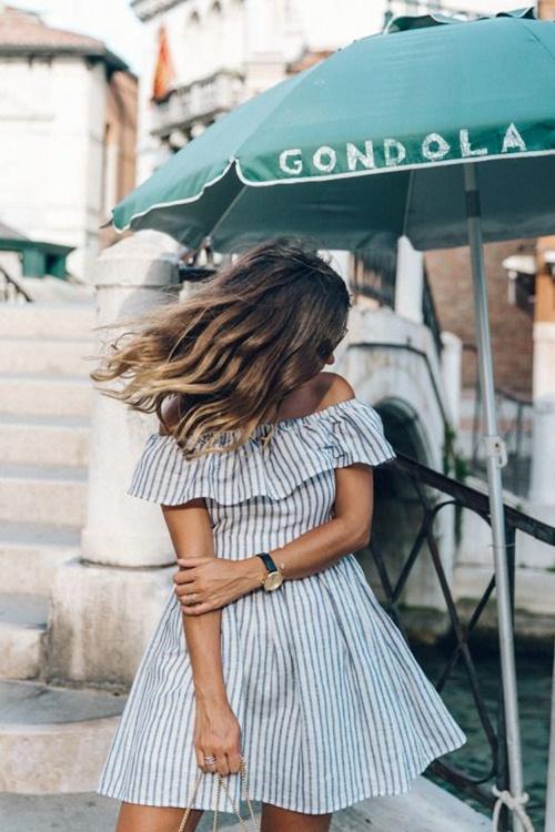 Nếu đã thích một chiếc váy kẻ, đừng chần chừ! - 6