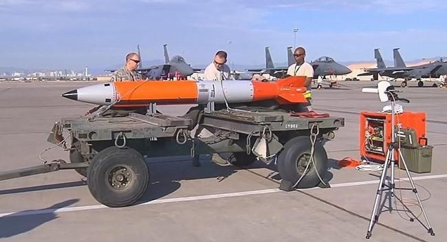 """Bom hạt nhân thông minh Mỹ khiến Nga, TQ """"sốt vó"""" - 3"""