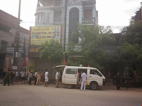 Lãnh đạo Yên Bái bị bắn: Siết an ninh tại nhà nạn nhân và nghi phạm - 3