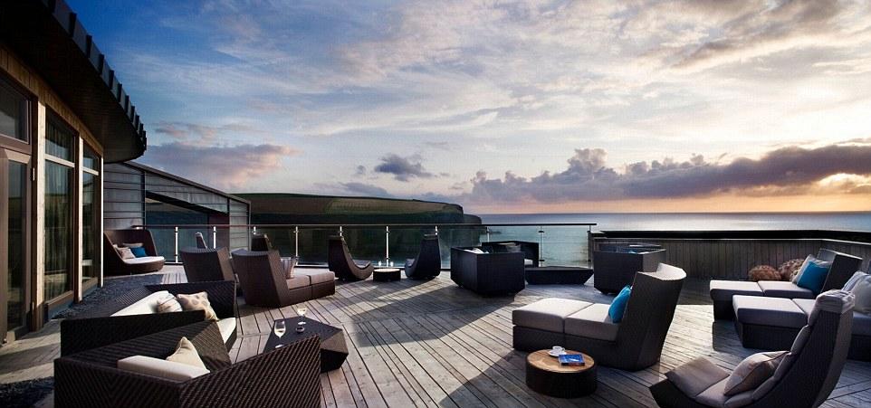 Những khách sạn có sân thượng đẹp nhất thế giới - 1