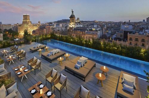 Những khách sạn có sân thượng đẹp nhất thế giới - 7