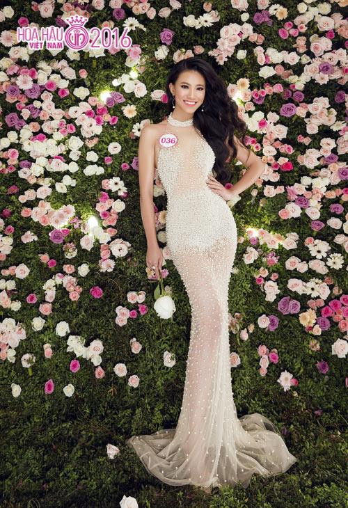 """Top 33 Hoa hậu VN đẹp """"chín mọng"""" với váy dạ hội - 3"""