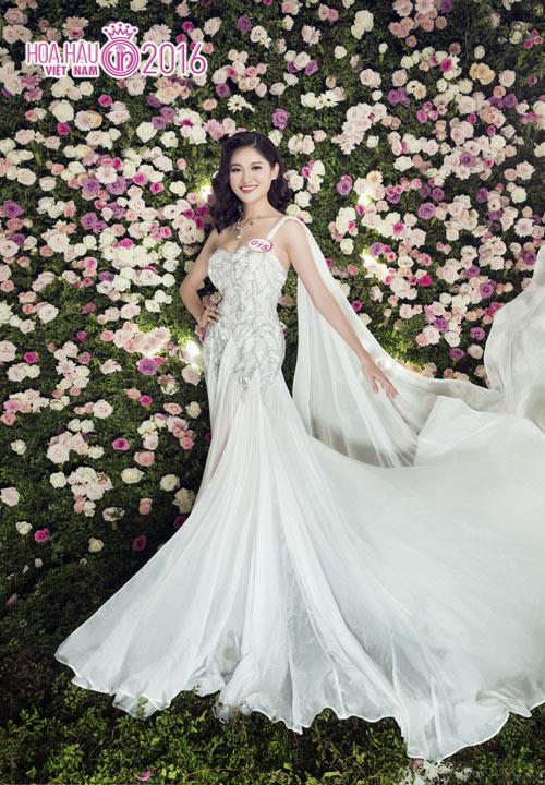 """Top 33 Hoa hậu VN đẹp """"chín mọng"""" với váy dạ hội - 2"""