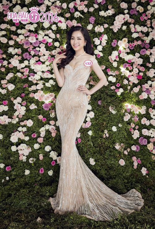 """Top 33 Hoa hậu VN đẹp """"chín mọng"""" với váy dạ hội - 6"""