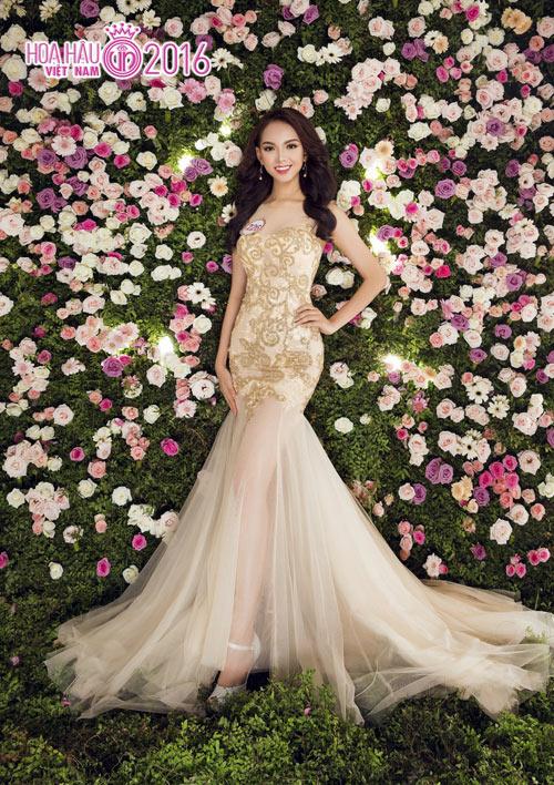 """Top 33 Hoa hậu VN đẹp """"chín mọng"""" với váy dạ hội - 14"""