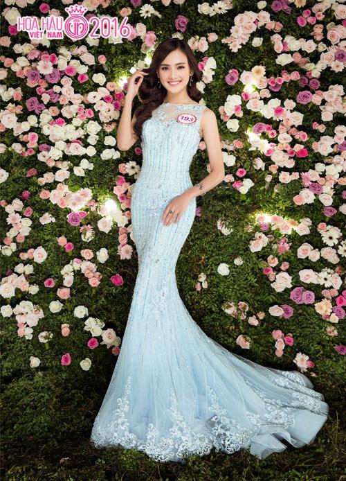 """Top 33 Hoa hậu VN đẹp """"chín mọng"""" với váy dạ hội - 11"""