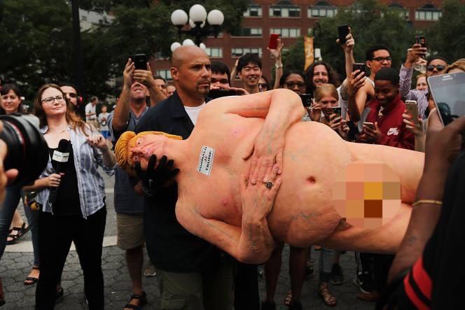 Mỹ: Tượng khỏa thân của Donald Trump gây sốt - 5