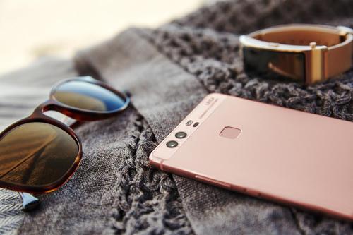 "Huawei P9 ""ẵm"" giải smartphone tốt nhất Châu Âu - 1"