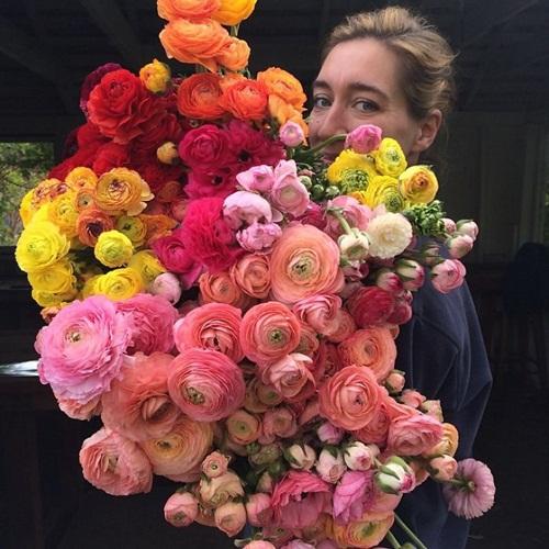 Cô gái trẻ chứng minh bán hoa là nghề tuyệt vời nhất - 4