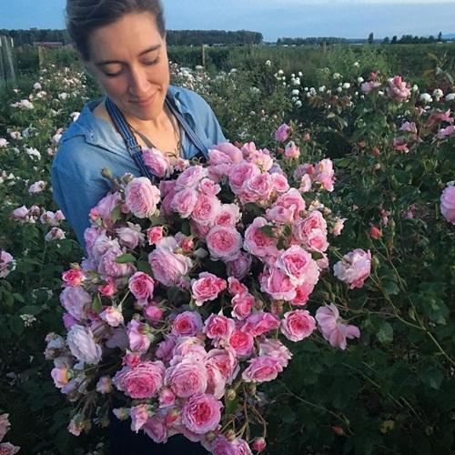 Cô gái trẻ chứng minh bán hoa là nghề tuyệt vời nhất - 6