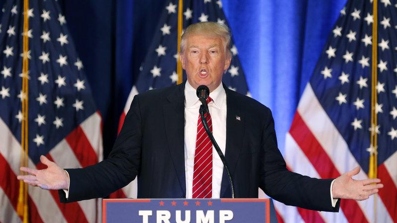 Tỉ phú Trump lần đầu tiên hối hận vì phát ngôn lố bịch - 1