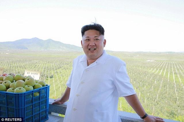 Người giống hệt Kim Jong-un xuất hiện ở Olympic Rio - 3