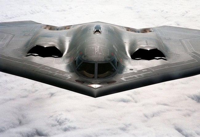 Sức mạnh bộ ba máy bay hạt nhân Mỹ lượn ở Biển Đông - 11